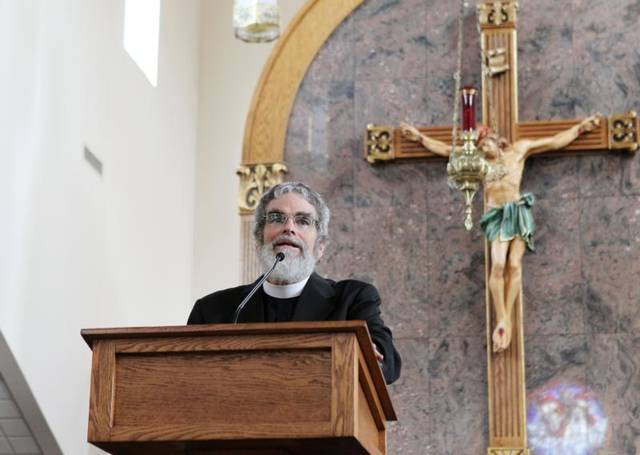 <p>Jesuit Brother Guy Consolmagno, director of the Vatican Observatory, urged an audience at Sts. Peter and Paul Church in Hopkinsville, Ky., Aug. 20 that celestial events such a total solar eclipse are a wonder of God&rsquo;s creation meant to be enjoyed. Brother Consolmagno was in Hopkinsville to view the Aug. 21 eclipse.  </p>