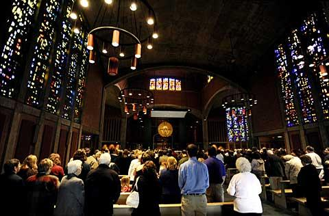 Nearly 1,000 people attended the Mass.