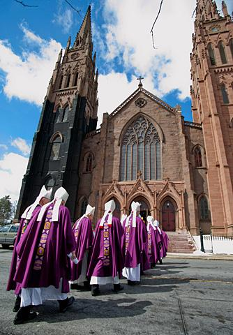 Bishops process into the cathedral.