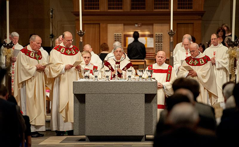 Bishop Matano celebrates Mass.