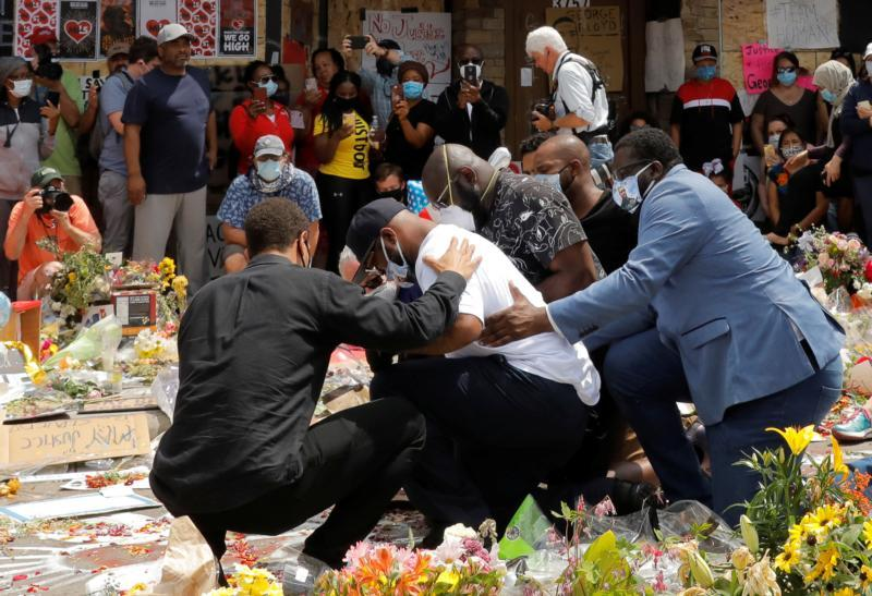 Terrence Floyd, the brother of George Floyd, reacts at a makeshift memorial at the spot where he was taken into custody in Minneapolis June 1, 2020.