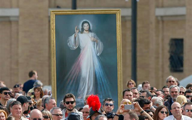 <p>A image of Jesus of Divine Mercy is seen as Pope Francis celebrates Mass on the feast of Divine Mercy in St. Peter&rsquo;s Square at the Vatican April 3, 2016.  </p>