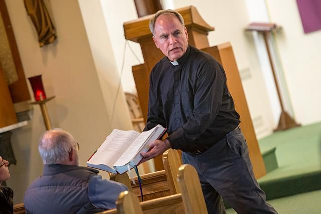 Father Michael Fowler leads a  2017Lenten retreat at St. Paul of the Cross Church in Honeoye Falls. (File photo)