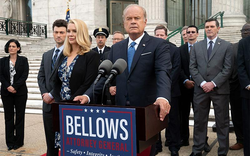 "Guest star Laurie Holden and Kelsey Grammer in the ""The Burden of Truth"" episode of Proven Innocent. (Photo by Jean Whiteside, Fox)"