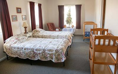 <p>A bedroom used by needy families is seen at Family Promise of Wayne County Dec. 8 in Lyons. (Courier photo by Jeff Witherow)  </p>