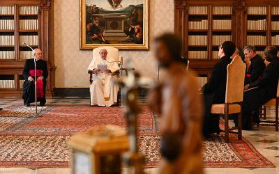 <p>Pope Francis leads his general audience in the library of the Apostolic Palace at the Vatican March 31, 2021. The pope reflected on the Easter triduum and the hope Christ&rsquo;s passion, death and resurrection brings in uncertain times. (CNS photo by Vatican Media)  </p>