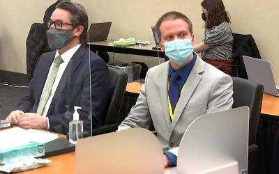 <p>Former Minneapolis police officer Derek Chauvin and his defense attorney Eric Nelson. </p>