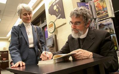 <p>Jesuit Brother Guy Consolmagno will be the guest speaker for the 2017 Catholic Courier Lecture Oct. 5.</p>