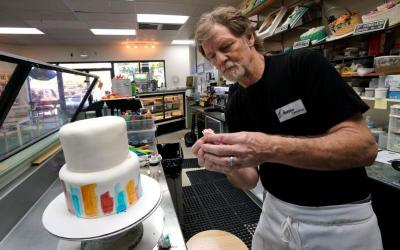 Baker Jack Phillips decorates a cake in his Masterpiece Cakeshop in 2017 in Lakewood, Colo. In a 7-2 decision June 4, the Supreme Court sided with the baker, who refused to make a wedding cake for a same-sex couple. The case put anti-discrimination laws up against freedom of speech and freedom of religious expression. (CNS photo by Rick Wilking/Reuters)
