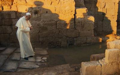 <p>Pope Francis stars in a scene from the documentary &ldquo;Pope Francis: A Man of His Word.&rdquo; (CNS photo by Focus)  </p>