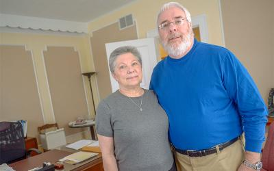 <p>Deacon Dennis Donahue and his wife, Cindy, conduct the Blessed Solanus Casey Doorway Ministry at Ss. Mary and Martha Parish in Auburn. (Courier photo by John Haeger)</p>